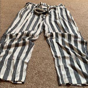 American Eagle Wide Leg Pants w/tie belt - size XL
